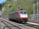 CrossRail E 185 602-0 als Lz durchfahrend in Blausee-Mitholz in Richtung Spiez